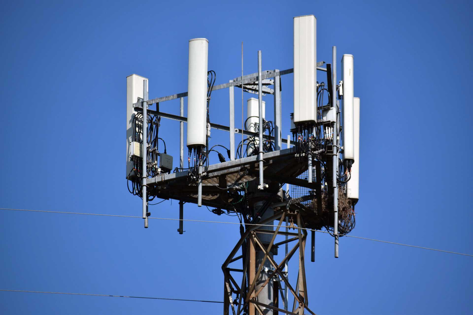 Anten 5G Baz Istasyonu