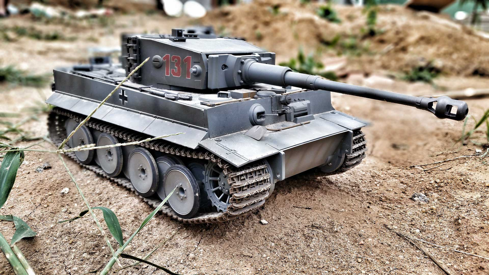 Toprak Zeminde Tank